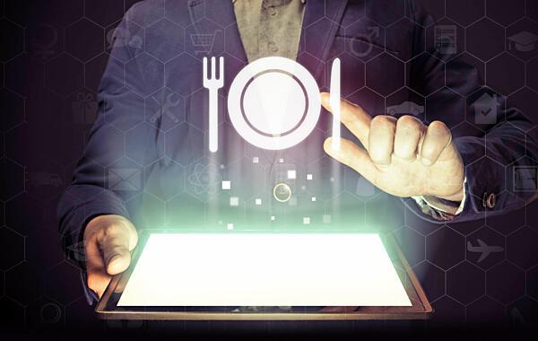 Ohne Mitarbeiter Geht's In Der Gastronomie Auch Künftig Nicht